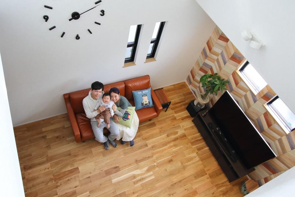 【STYLE HOUSE】「見せる」インテリアに脱帽!鮮やかな海の色が散りばめられたお家。